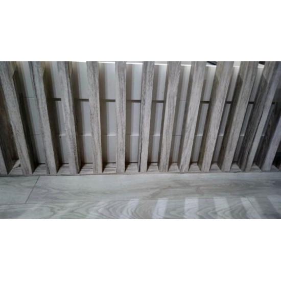 Рейка МДФ в ПВХ с пазом и закладной, сечение 30х50 мм
